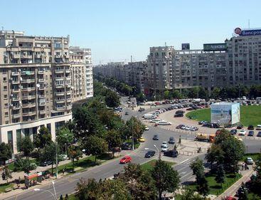 Apartamentele muncitoreşti din zona Alba Iulia se vând la zeci, chiar sute de mii de euro