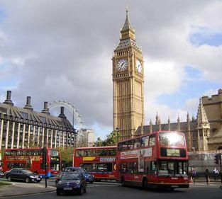Cât costă o vacanţă la Londra în aprilie, în perioada nunţii prinţului William?