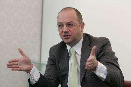Consultanţii imobiliari revin pe creştere: DTZ are un plus de 5%