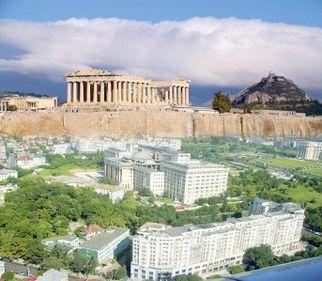 Dacă în Grecia plouă, imobiliarele de la noi au nevoie de umbrelă