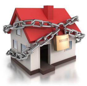 Siguranţa locuinţei poate fi asigurată cu soluţii ieftine