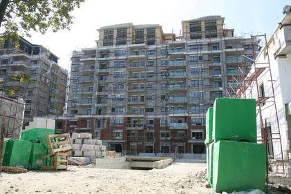 Numărul autorizaţiilor de construire a scăzut cu 13,6% în 2010
