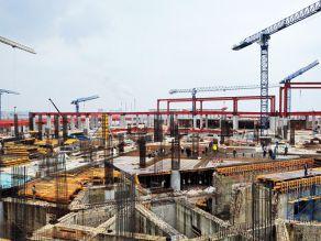 Câte construcţii noi ar trebui demolate