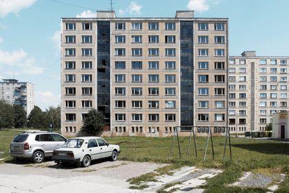 Din blocuri cenușii, în clădiri de ultimă generație: modernizarea locuințelor comuniste (FOTO)