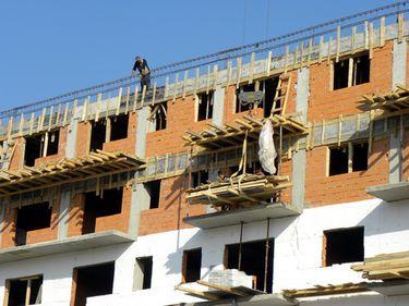 2012, an greu pentru construcţii. Estimările nu sunt mai optimiste nici pentru perioada imediat următoare