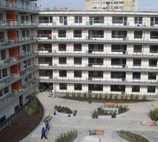 De ce în Bucureşti se vând mai puţine apartamente noi decât în Budapesta