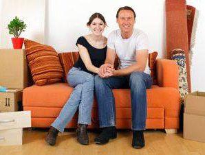 Cumpărătorii de locuinţe au 33-35 de ani, cu copii şi un venit lunar de până în 1.800 euro