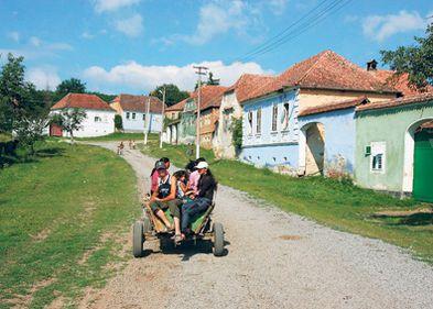 Românii de la ţară vor să-şi renoveze casele
