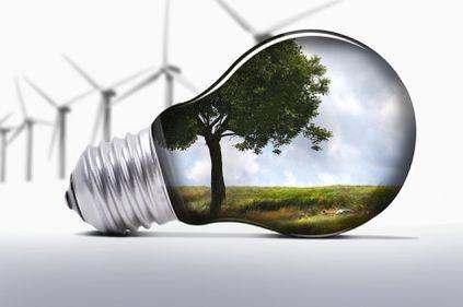 EY avertizează: România s-a prăbușit în topul interesului pentru energie regenerabilă