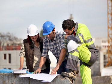 Domeniul construcţiilor: mai transparent dar mai scump, la cererea UE