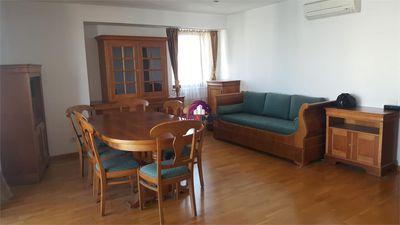 Apartament 2 camere 74 mp