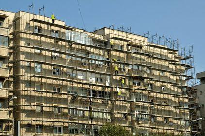 Aproape 14.000 de apartamente din sectorul 3 al Capitalei primesc bani pentru reabilitarea termică