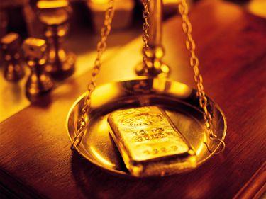 Creşteri record pentru aur, datorate crizei din Ucraina