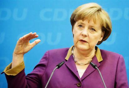 Angela Merkel vrea soluţii pentru menţinerea Greciei în Zona euro, din considerente politice
