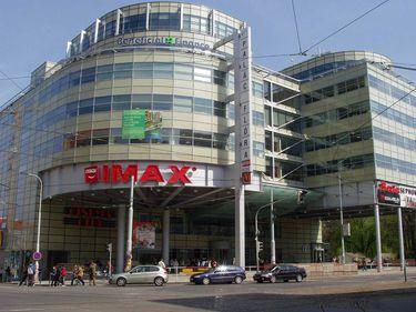 Proprietarul AFI Palace Cotroceni, implicat în cea mai mare tranzacţie imobiliară din Praga