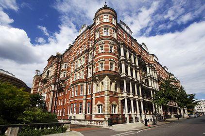 Peste 50% din investiţiile chineze în Europa se duc în Londra