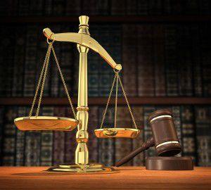 BCR cere unui grup de clienţi nemulţumiţi să achite cheltuieli de judecată de 100.000 lei