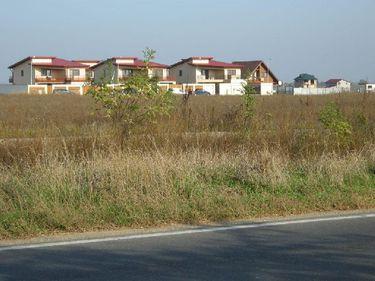 Preţul terenurilor este în continuă scădere, ceea ce atrage interesul investitorilor