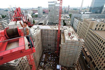 Germania, plasa de siguranţă a Europei. Cum au ajuns marile oraşe în mijlocul unui boom imobiliar?