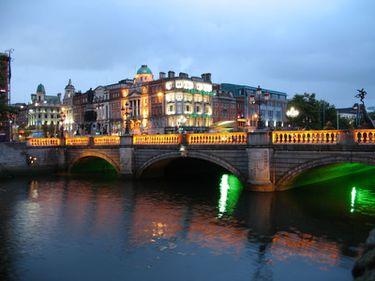 Proprietăţile din Irlanda, în continuă devalorizare de la începutul crizei