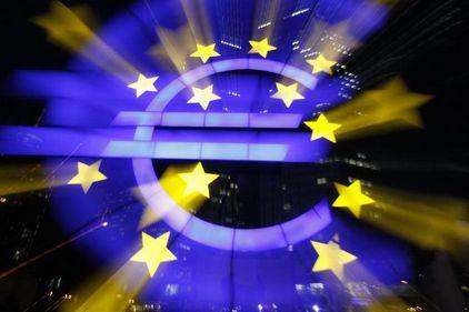 PIB-ul Zonei euro va ajunge abia în 2016 la nivelul de dinaintea crizei