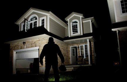Protejează-ţi casa de hoţi, fără să plăteşti nimic