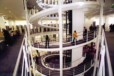 Top 10 – Cele mai prestigioase universităţi din Europa