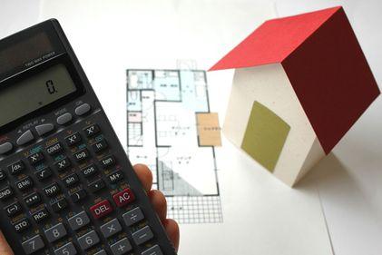 Anul 2012 a adus statului încasări de peste 100 milioane euro din tranzacţiile imobiliare