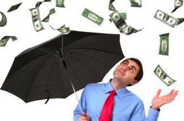 În loc de salarii mai mari, pensii facultative si bonuri de masă, angajatorii caută pachete salariale avantajoase