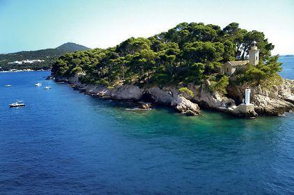 De vânzare: insulă bântuită din Croaţia