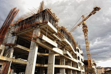 INS: mai puţine lucrări de construcţii, în luna ianuarie