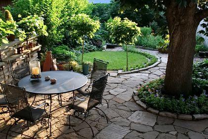 Cum să ai o grădină frumoasă? Trucuri rapide pentru a înfrumuseța spațiul din jurul casei (FOTO)