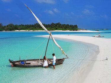 Maldive: o alegere exotică pentru luna de miere