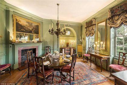 Fostul primar al NYC, îndrăgostit de Londra: cum arată vila istorică pe care Michael Bloomberg a plătit 22 milioane euro (FOTO)