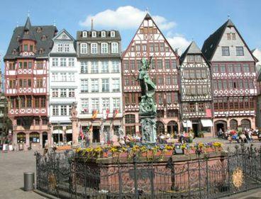 De ce merită o vacanţă la Frankfurt