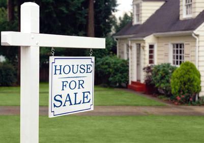 Fraude ipotecare, pe timp de criză. Impostorii profită de înţelegerea acordată de bănci