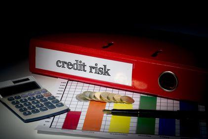 Avertismentul BNR pentru populație și bănci: Prima Casă destabilizează sistemul bancar
