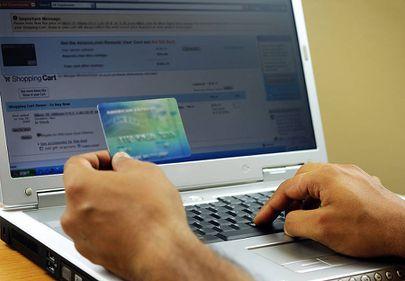 165 milioane euro în 2011 pentru tranzacţii online