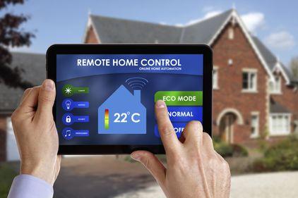 Sistemele de control la distanță: îți protejează locuința de hoți, incendii, inundații și alte incidente