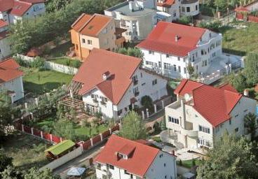 Preţul mediu al locuinţelor din Marea Britanie a crescut în 2010 cu 13,64 lire pe zi