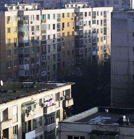 Aproape jumătate dintre români şi-ar reabilita termic apartamentul numai dacă ar fi obligaţi. Peste 50% din blocuri nu sunt izolate