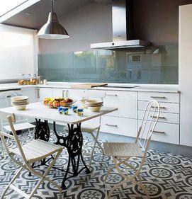 Bucătăria modernă – cum îmbinăm utilul cu frumosul, într-un spaţiu mic?