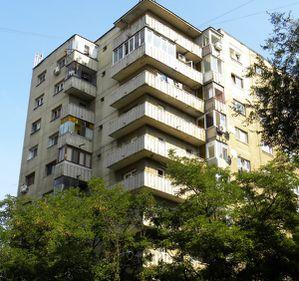 Parterul şi ultimul etaj, ocolite de majoritatea clienţilor. Care sunt avantajele incontestabile ale acestor apartamente?