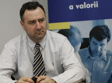 """Adrian Crivii: """"Suntem mai aproape de sfârşitul crizei economice"""""""
