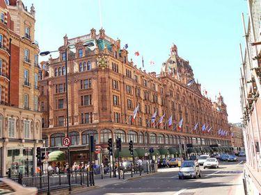 Londra se bucură de o piaţă imobiliară de neclintit, în ciuda condiţiilor economice nefavorabile