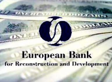 BERD: Criza politică internă şi situaţia economică externă afectează creşterea economică a României