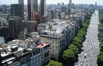 Buenos Aires a reuşit să evite prăbuşirea pieţei imobiliare, însă există semnale că situaţia se va schimba