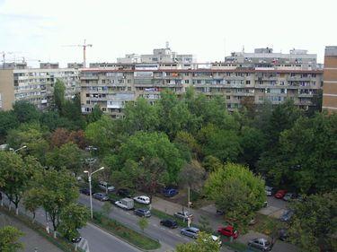 Favorit – Drumul Taberei 34: acolo unde apartamentele se vând ori cu 50.000 euro, ori dublu