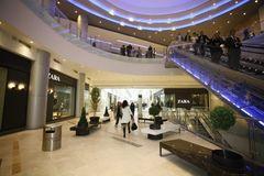 AFI Palace Cotroceni, la un an de la deschidere: 15 magazine au fost inchise