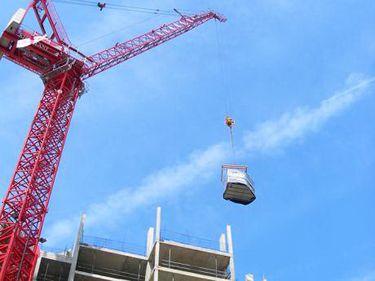 INS: piaţa construcţiilor resimte creşteri, dar este sub nivelul anului trecut